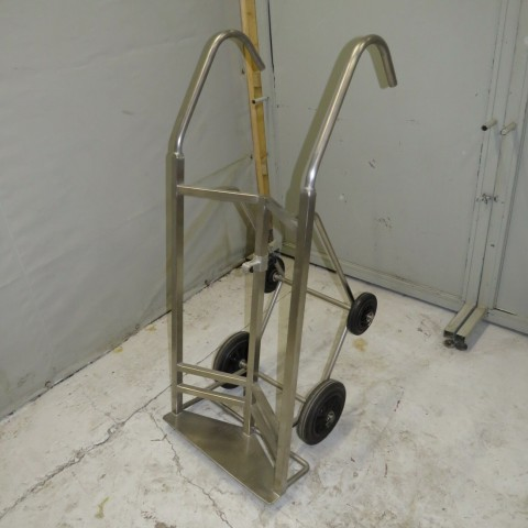 R15A1051 Stainless steel trolley