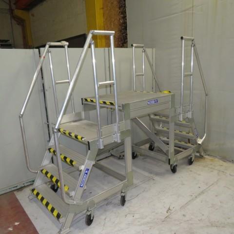 R15A1049 Aluminium TUBESCA platform staircase