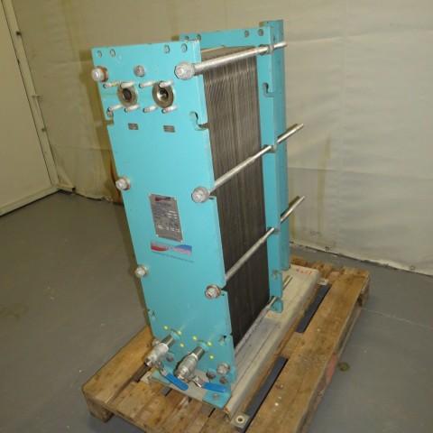 R1KP743 Echangeur à plaques THERMOWAVE - Type TL150KBAL