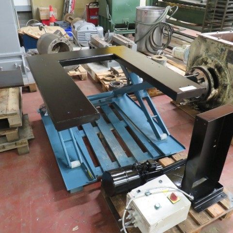 R4A777 Lift table