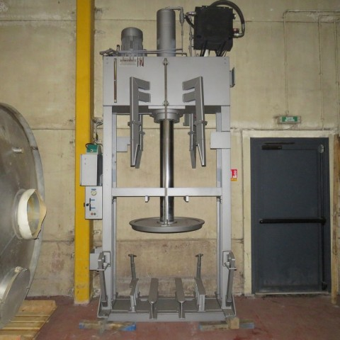R5CR710 SCHWERDTEL emptying press without tank