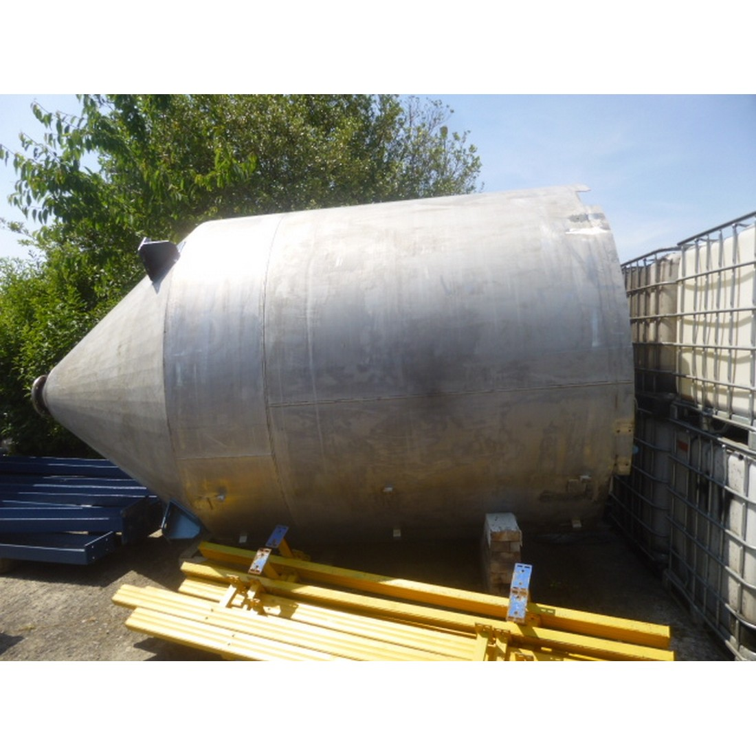 R11TB893 Stainless steel Silo - 15000 liters - visible by appointment