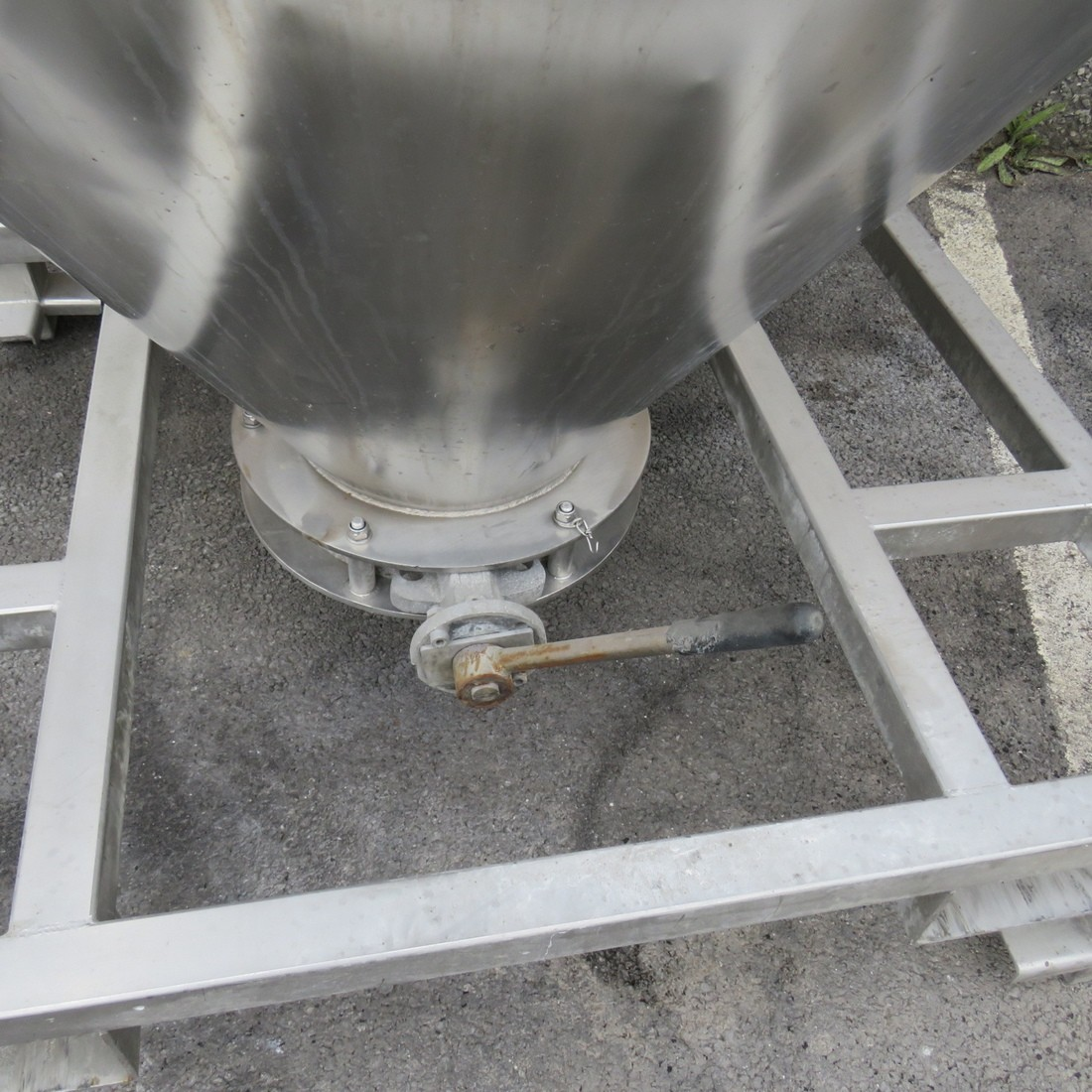 R11CB184 Stainless steel container vertical - 1200 liters