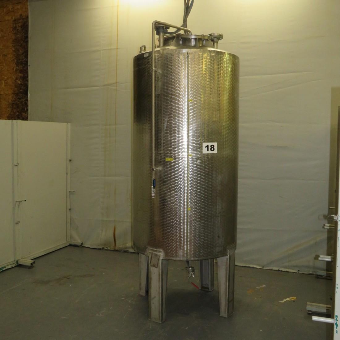 R11DB22693 Stainless steel vessel - 1850 liters