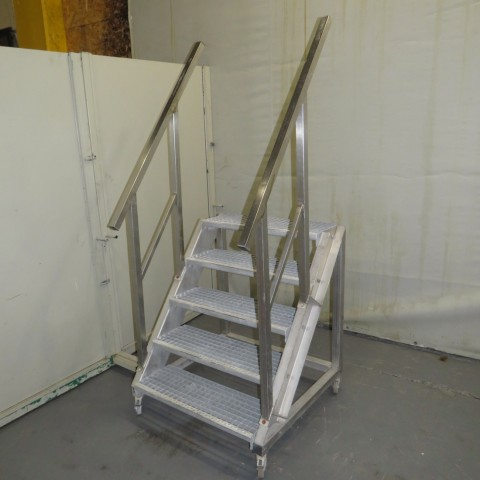 R15A1056 Stainless steel Staircase