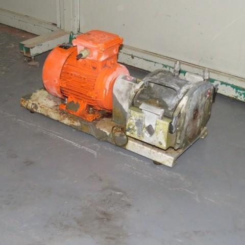 R10DC877 Pompe péristaltique WATSON MARLOW - Type MO0702 - 1.1Kw