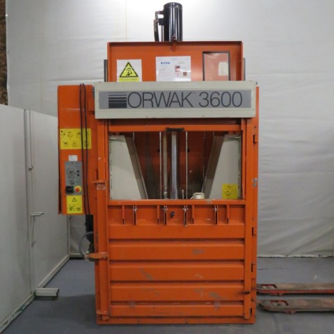 R5CRG781 Presse à balles ORWAK - Type 3600