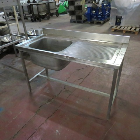 R15A1059 Stainless steel sink