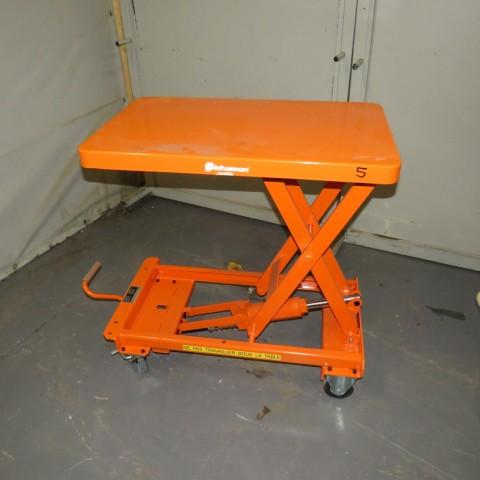 R4A787 Table élévatrice manuelle BISHAMON - 300 Kg - plateau 800X500mm
