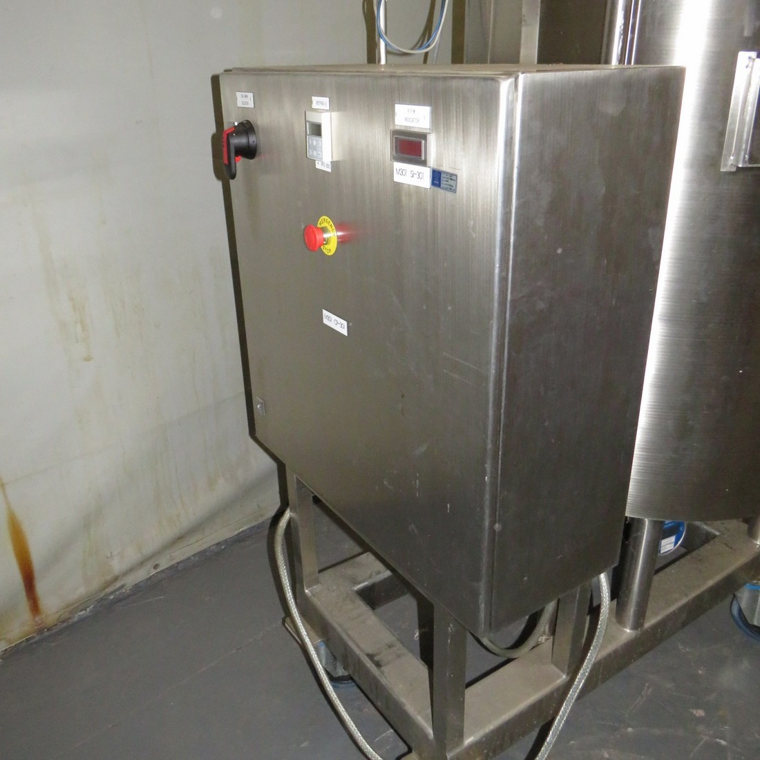 R6MA6164 Stainless steel BCD ENGINEERING GROUPE Mixing tank - 423 liters