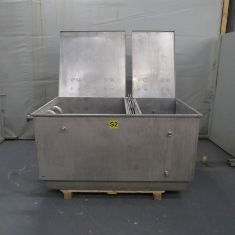R11DB22709 Stainless steel tank with filtration - 1200 liters