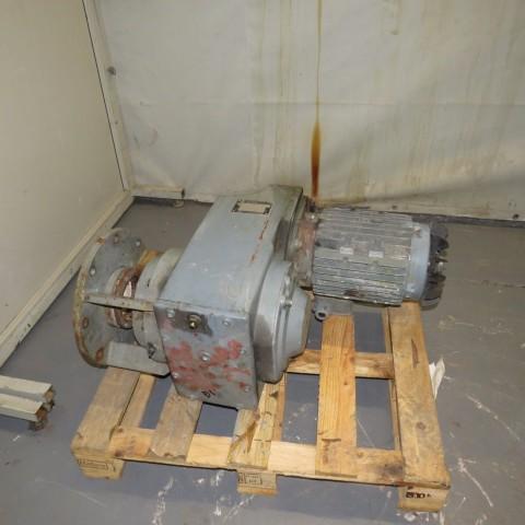 R12MC728 Motoréducteur arbre creux NORD REDUCTEUR - 5.5Kw - 1500t/min