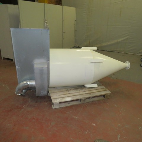 R11TA800 Vertical Mild steel Hopper - 600 Liters