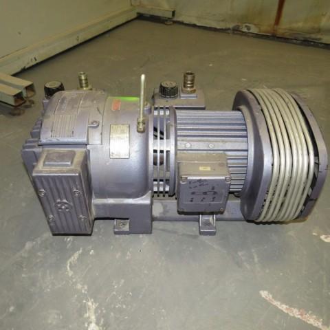 R10J809 RIETSCHLE Vacuum pump - Hp 2.7 - Rpm1500