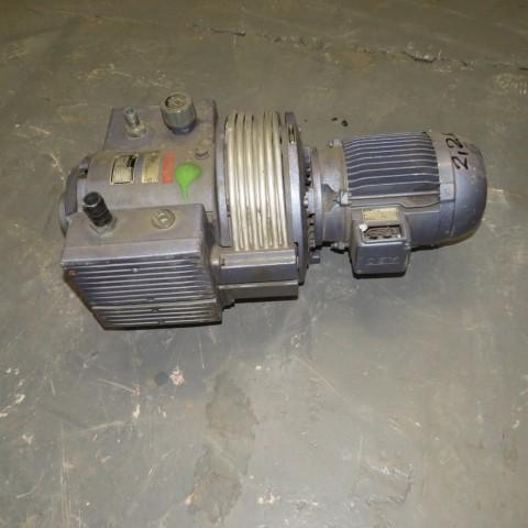R10J810 RIETSCHLE Vacuum pump - Hp 3 - Rpm1500