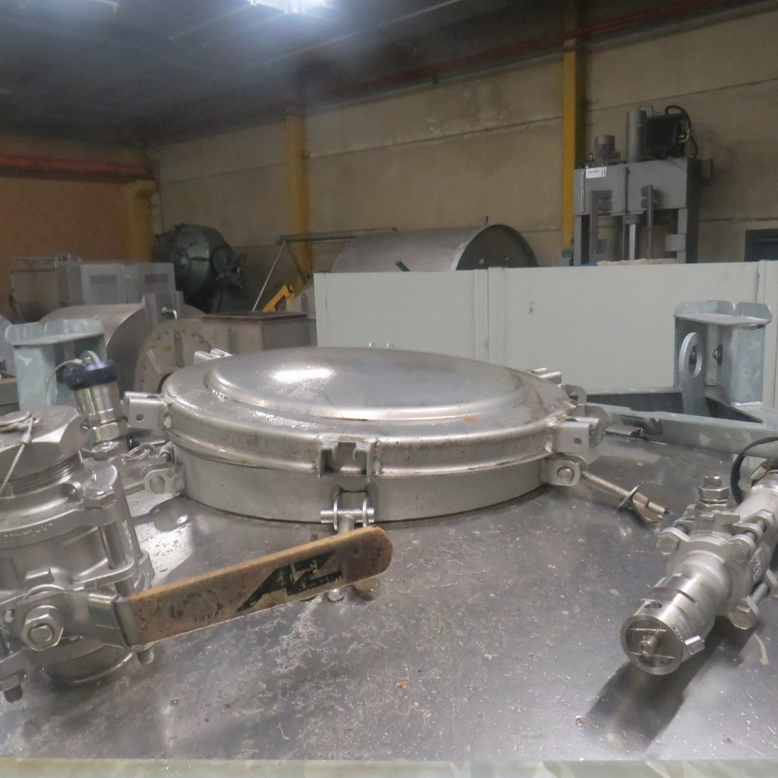R11CB187 Stainless steel UCON container - 1250 liters