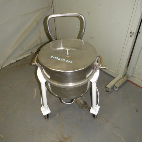 R11DB22696 Stainless steel vessel on frame - 65 liters