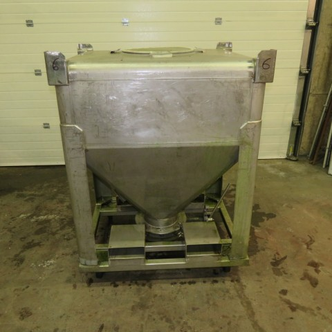 R11CB193 Stainless steel container - 700 liters