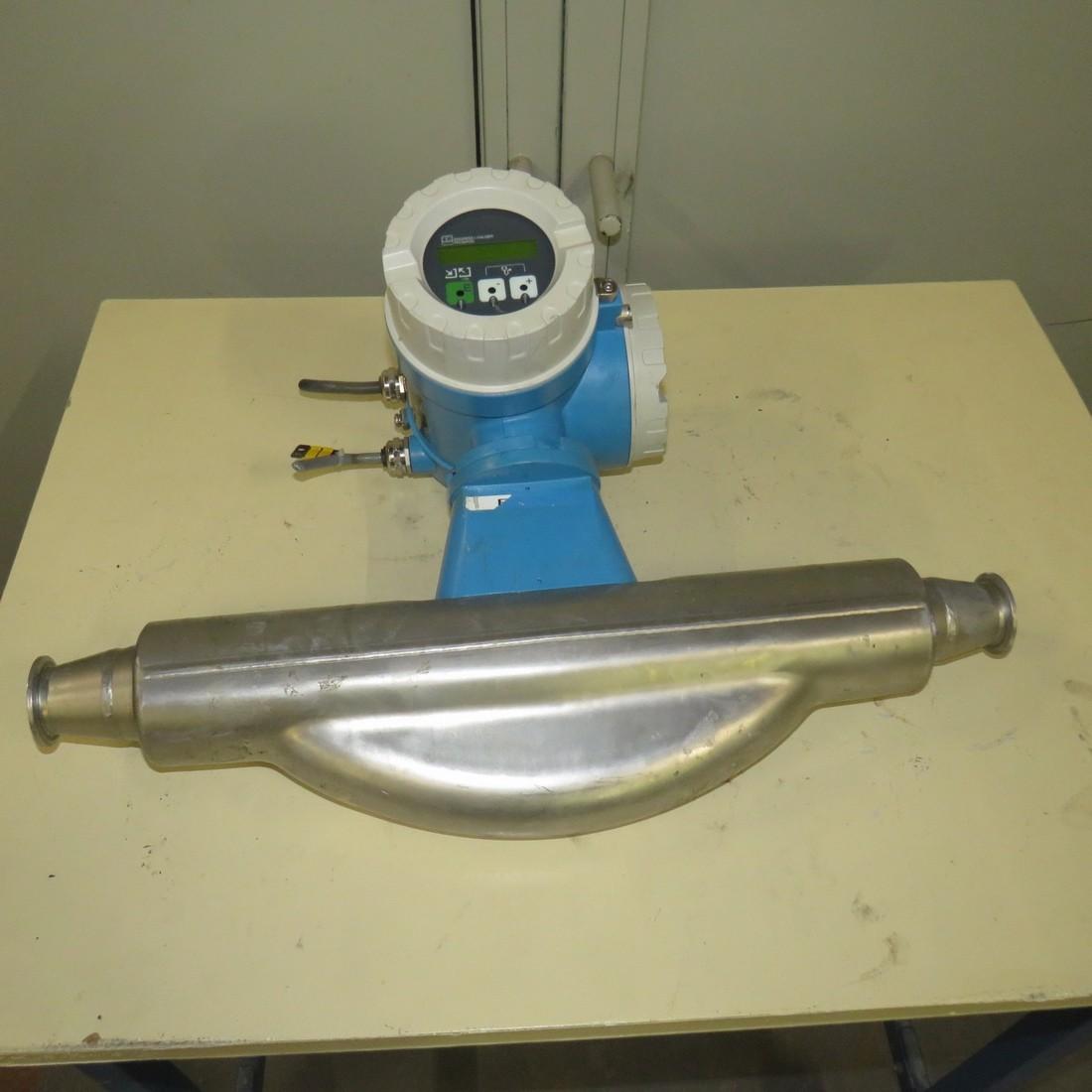 R15A1070 ENDRESS HAUSSER Flow meter
