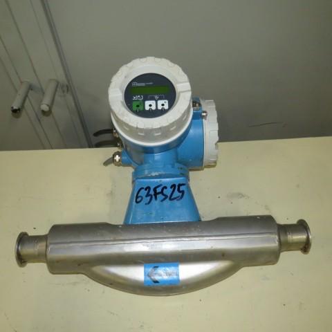 R15A1071 ENDRESS HAUSSER Flow meter