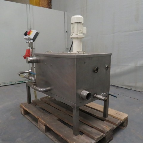 R6MA6176 Stainless steel mixing tank with transfer pump