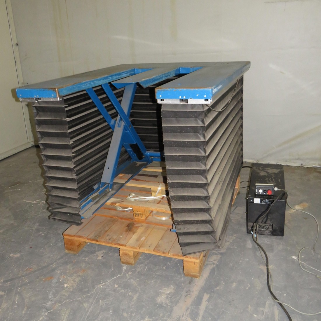 R4A794 HYMO Lift table - 1000 Kg - plate : 1200X1500mm