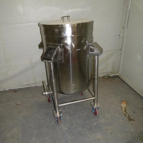 R11DB22717 Cuve de stockage en inox - 250 Litres