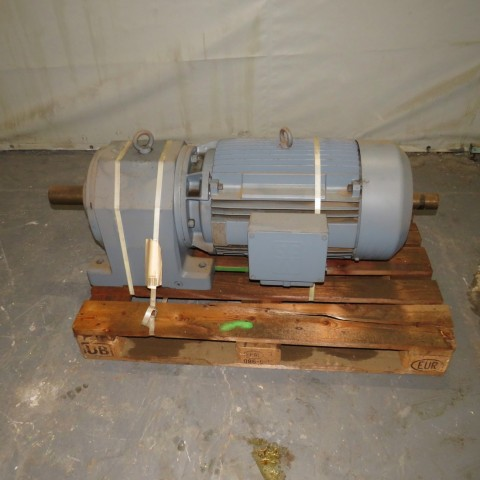 R12MF710 Motoréducteur SEW - 37Kw - 266t/min