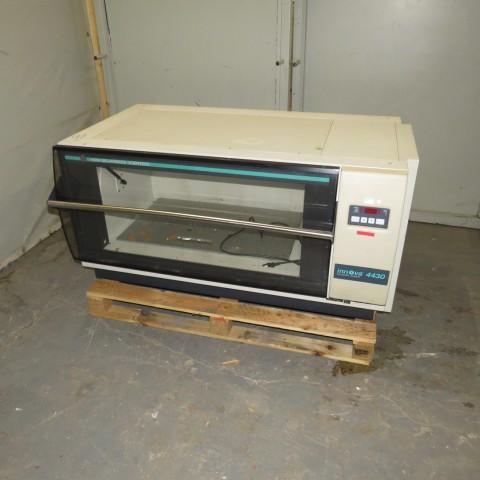 R1L1154 Incubateur SHAKER - Type INNOVA 4430