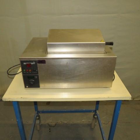 R1Z752 Stainless steel MEMMERT water bath - WB14 Type