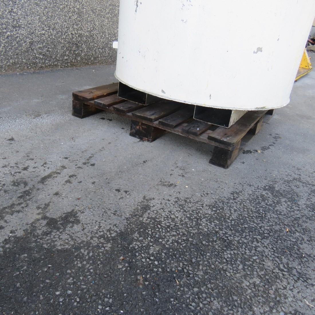 R11DB22733- 900 L stainless steel tank