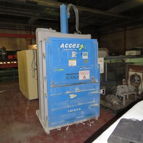 R5CRG773 JULIA ball press