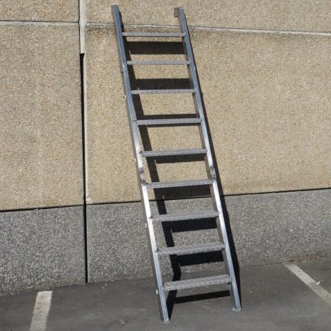 R15A979 staircase