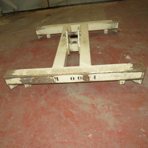 R15A985 lifting bar