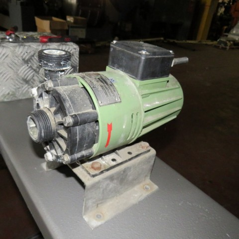 R10A1093 pompe MFVTA