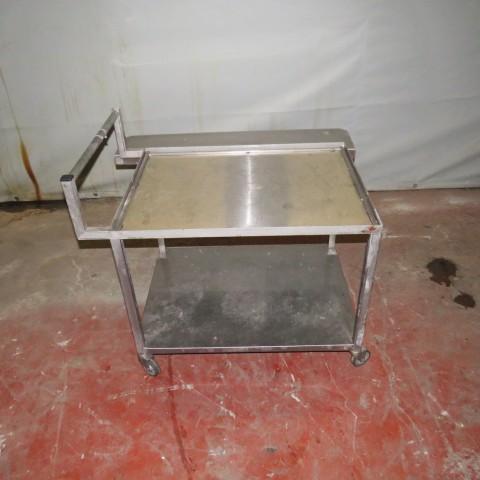 R15A995 table