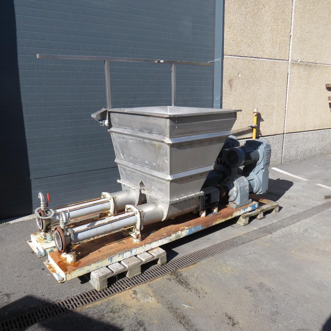 R10DA867 pompe PCM