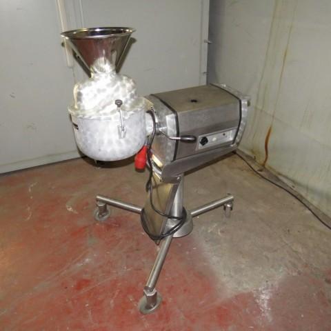 R6BZ8820 ALEXANDERWERK mill
