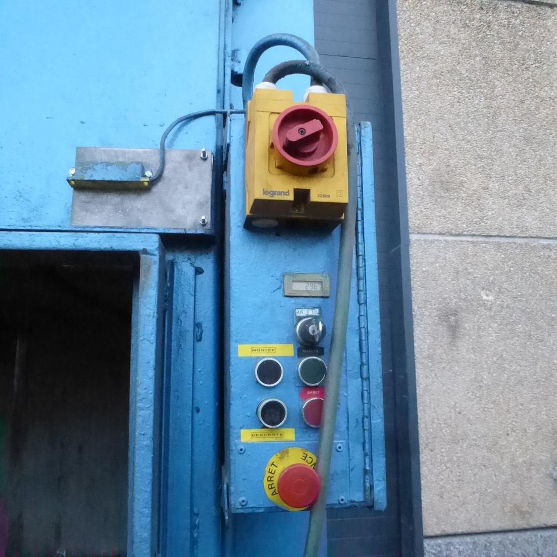 R5CRG774 Presse à balles verticale