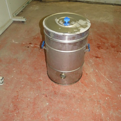 R11DB22634  Maturateur inox 40 litres
