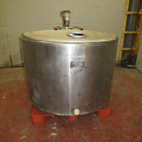 R6MA6110 Stainless steel mixing tank 1100 litres