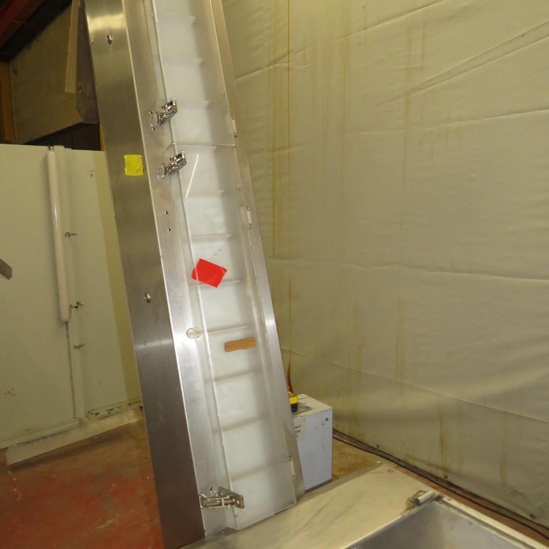 R4FB1159 Stainless steel FARMOMAC elevator conveyor - height 1900/2050 mm