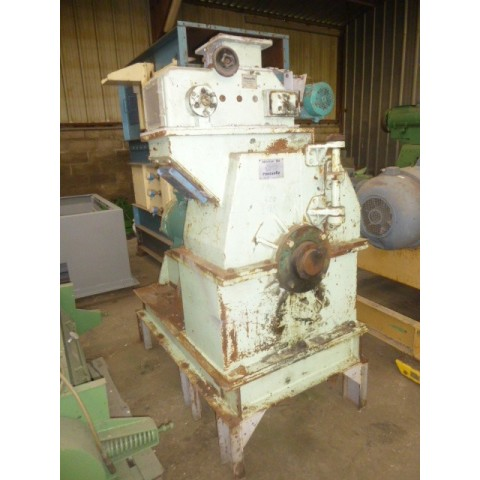 R6BA850 ROUSELLE hammer mill  BM 400 C type - 55 kw - visible by appointment