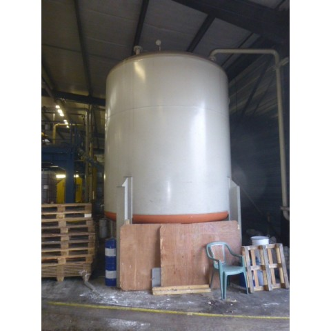 R15U9 1 unit with tanks verticals steel - visible by appointment