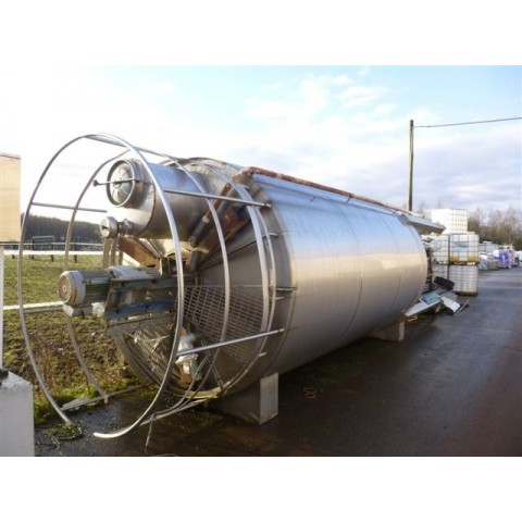 R6MA6113  Stainless steel mixing tank  25 000 litres