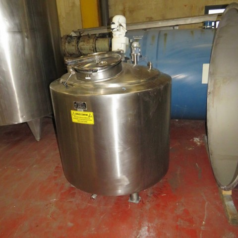 R6MA6115  Stainless steel BEGUET mixing tank 700 litres