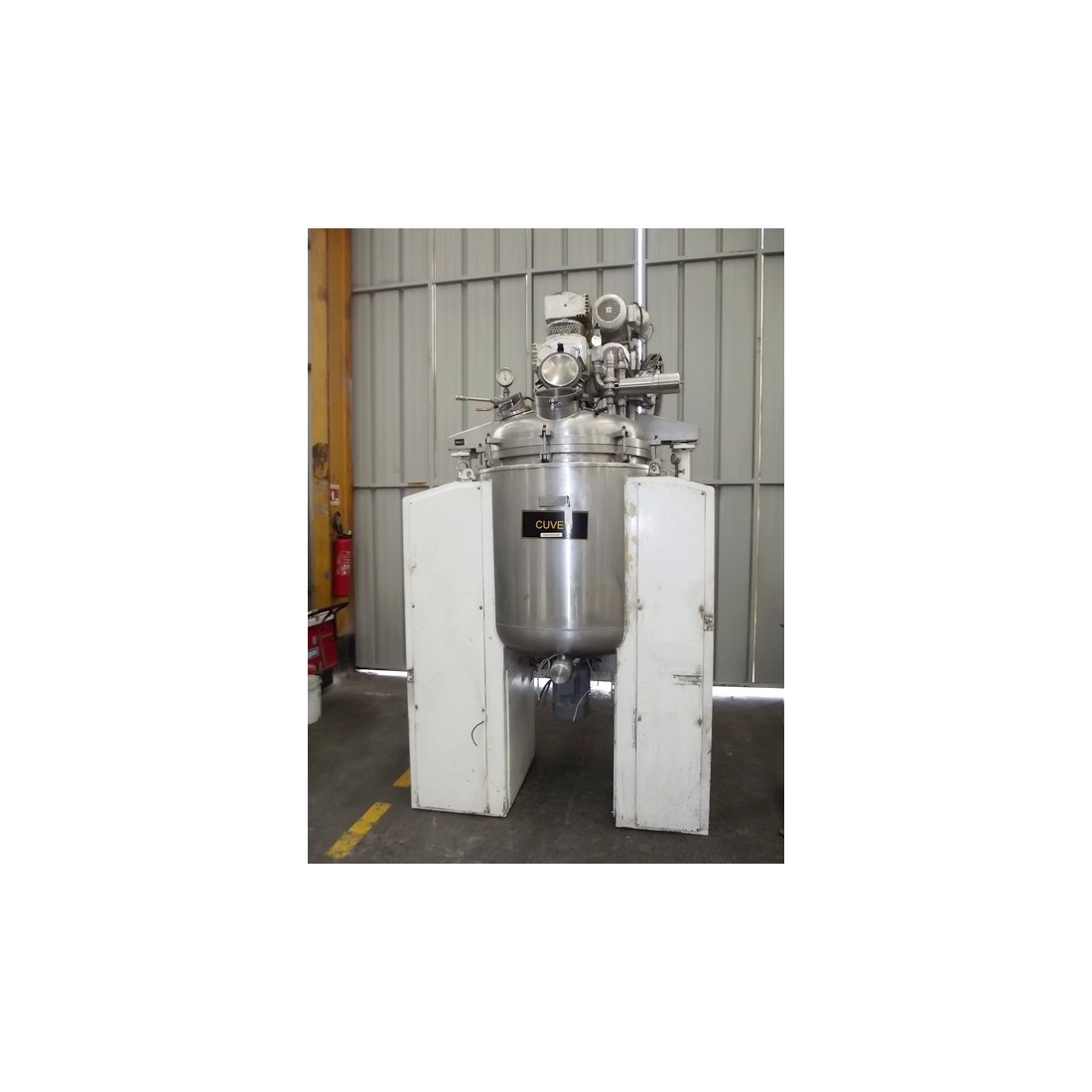 R6ME6367  Stainless steel SIP vacuum mixer 650 litres - Visible by appointment