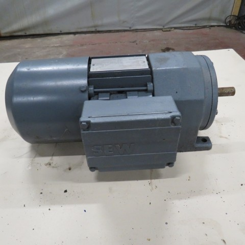 R12MA2760 SEW USOCOME geared motor R32 DT1710 type