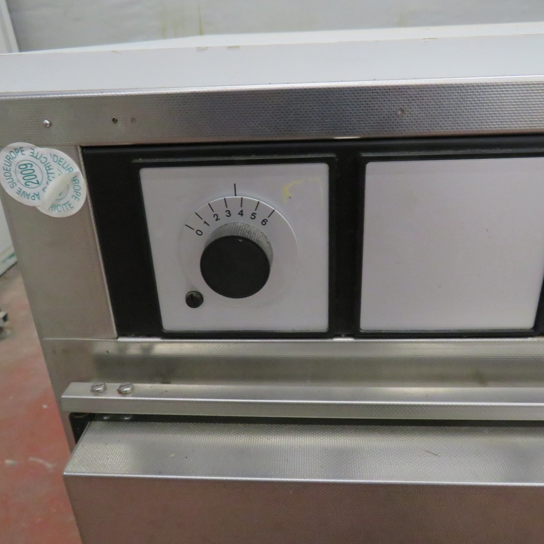 R1L1138 Stainless steel MEMMERT electric oven B50 type - 200 liters - 1600 W