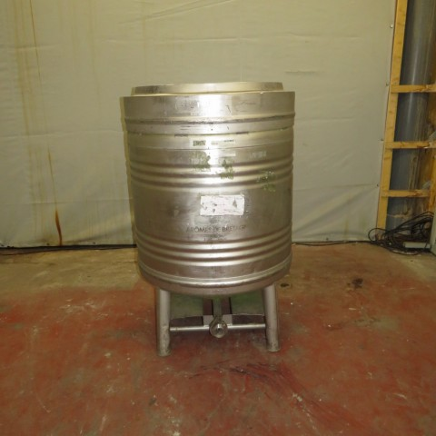 R11CB178   Stainless steel cylindrical container 800 litres